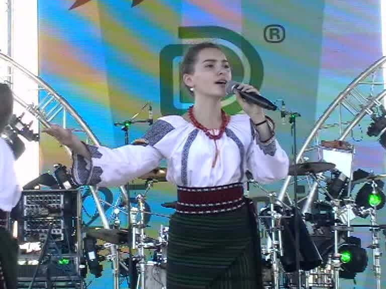 Ana Maria Calancea, Ziua Imnului la Rm Valcea-30-07-17