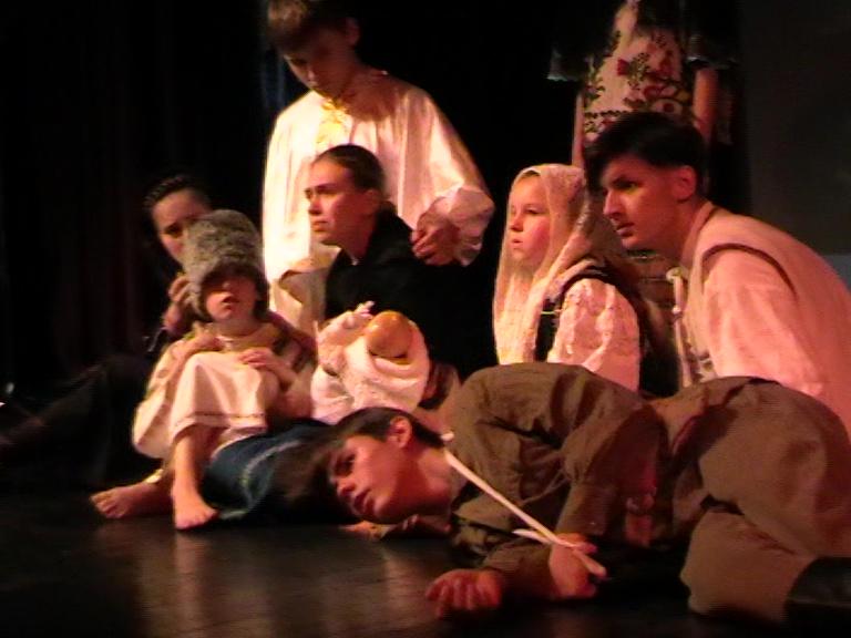 Grup de actori din Chișinău, Rm Vâlcea 06 08 19