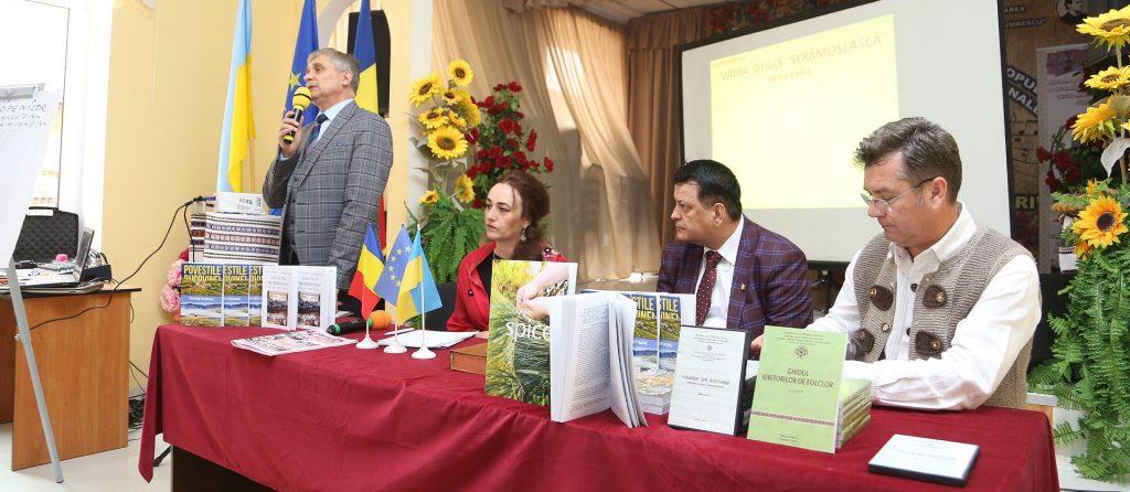 CERNĂUȚI 16 11 19-SIMPOZION foto Smaranda Mureșan
