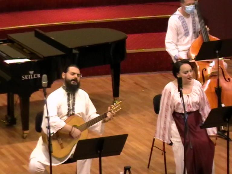 Arheon - soprana Monica Valentina Scurtu si Florin Popescu contrabas 15 01 21 Rm Valcea