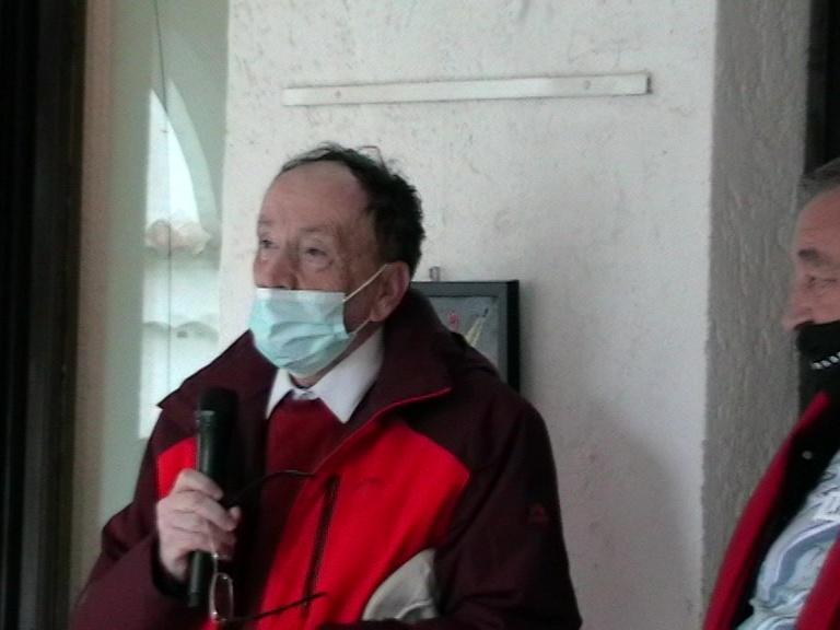 Ion Predescu, USR, prezentând cartea lansată, 15 04 21, foto S-P C