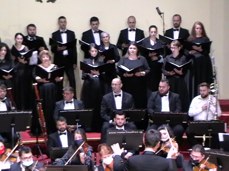 Corala alto-bas Eufonia Recviem Faure, Rm Valcea , 25 04 21 Foto S-P C